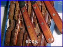 CASE quality SET of 6 STEAK KNIVES UNUSED BOX and STORAGE RACK