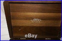 Cutco 8 Piece Steak Knives Set 1059 Serrated Blade Wood Handles with Storage Case