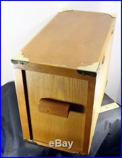 Nice Oak Veneer Storage Knife Jewelry Collectibles Box Case Cabinet