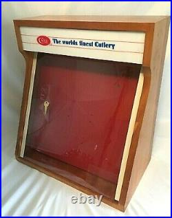 Vintage CASE XX Pocket KNIFE Knives Wooden Store Countertop Display Case with Key