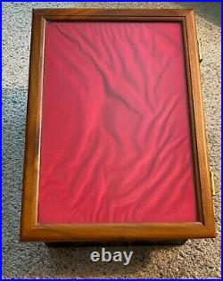 Vintage SMITH & WESSON S&W Knife Store Display Case Counter Showcase No Keys