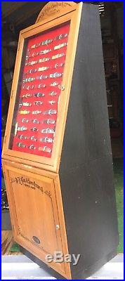 W R CASE & SONS KNIFE DISPLAY CASE WithKEY LOTS OF STORAGE (KNIVES NOT INCLUDED)